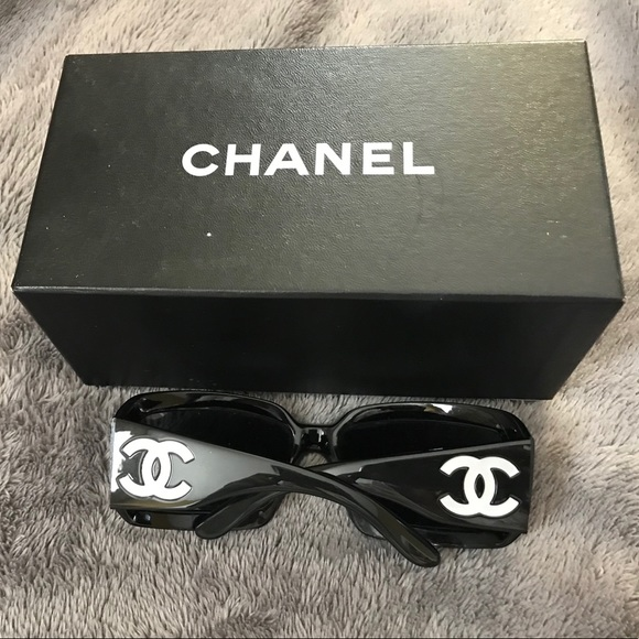 edd406ee8d5 CHANEL Accessories - AUTHENTIC MOTHER OF PEARL BLACK CHANEL SUNGLASSES